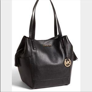 Large Ashbury Leather Shoulder Bag